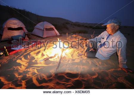 Camp in the Tengger desert, camel driver Ningxia China - Stock Photo