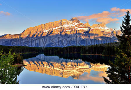 Canada, Banff, View of Two Jack Lake and Mt Rundle - Stock Photo