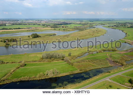 The Vreugderijkerwaard nature reserve on the east side of the river IJssel. An old river arm is open again, which is an important place for foraging birds. Part of the Space for the River project, The Netherlands, Overijssel, National Landscape IJsseldelta - Stock Photo