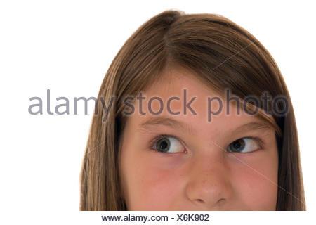 Junges Mädchen schaut nach oben - Stock Photo