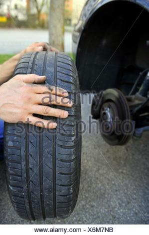 Tire change - Stock Photo