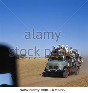 Chad, Borkou, wadi Doum, Sand runway, truck, charge, costs, people Central, Africa, landlocked country, Sahara, desert, wild scenery, truck, truck, transport, promotion, full-charged, goods, locals, outside - Stock Photo