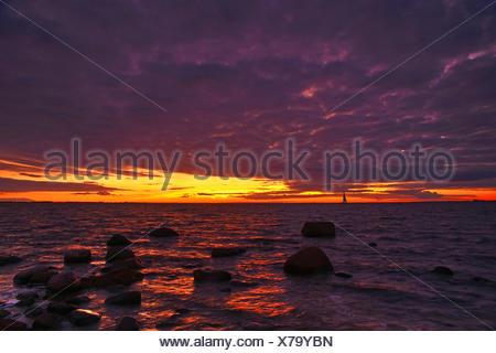Sonnenuntergang am Ostseestrand der Insel Fehmarn, - Stock Photo