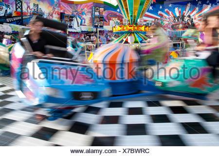 Amusement ride at the Stuttgart Beer Festival, Cannstatter Volksfest, fairground, people, Stuttgart, Baden-Wuerttemberg - Stock Photo