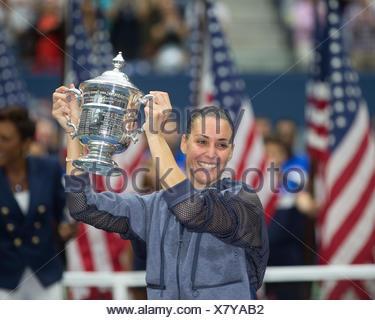 Flavia Pennetta, ITA, holding the winner's cup, US Open 2015, Grand Slam tennis tournament, Flushing Meadows, New York, USA - Stock Photo