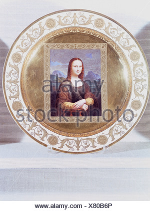fine arts, porcelain, plate, series with gold plating, 'Mona Lisa', based on Leonardo da Vinci (1452 - 1519), Nymphenburg Porcelain Manufactory, Germany, early 19th century, Munich Residence, porcelain collection, Artist's Copyright has not to be cleared - Stock Photo