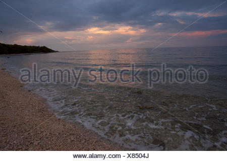 A sandy beach on the Mosquitia Reef. - Stock Photo