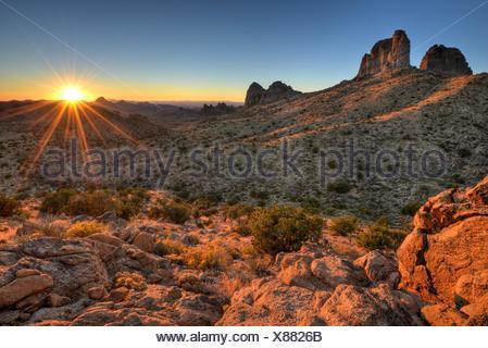 USA, California, Sunrise in Mojave National Preserve - Stock Photo