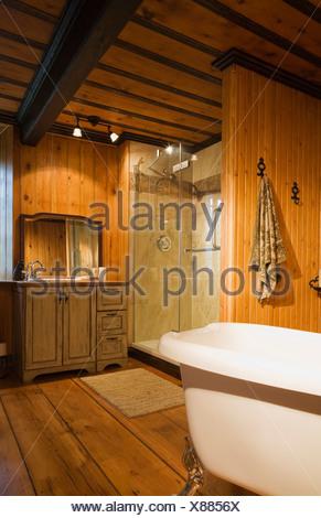 Roll top bathtub Shower stall bathroom Old Stock Photo: 281673110 ...