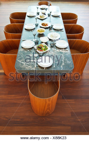Placesettings and food on luxury table