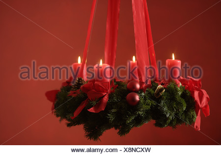 Advent Wreath Hangs Candles Four Series Sting Christmas Red Pre Tradition