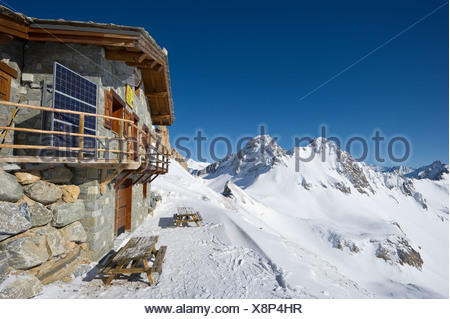 Mountain cabin, Aiguille Percee, Tignes, Val d'Isere, Savoie, Alps, France, Europe - Stock Photo