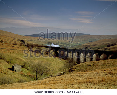Steam Locomotive Sir Nigel Gresley crossing dent Viaducy on Carlisle Settle railway UK - Stock Photo