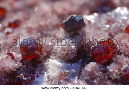 sphalerite crystals on quartz - Stock Photo