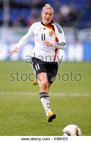 Anja Mittag, women's international football match Germany - North Korea 3-0 at the MSV Arena in Duisburg, North Rhine-Westphalia - Stock Photo