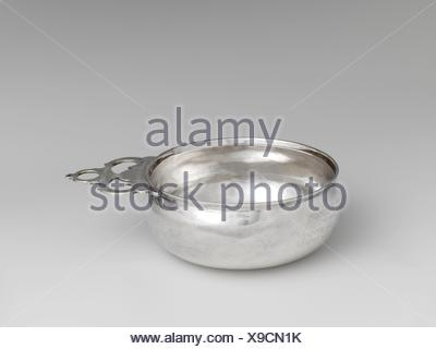 Porringer. Maker: Adrian Bancker (1703-1772); Date: 1730-1750; Geography: Made in New York, New York, United States; Culture: American; Medium: - Stock Photo