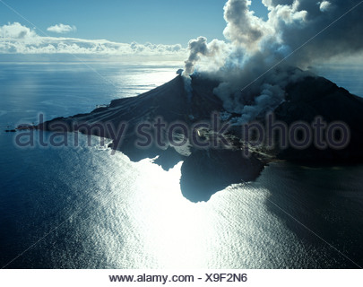 White Island, volcanic eruption, Bay of Plenty, North Island, New Zealand - Stock Photo