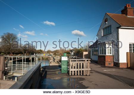 Sandford Lock on the River Thames near Oxford, Oxfordshire, Uk - Stock Photo