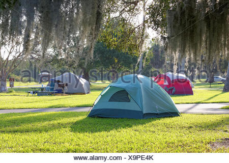Camping in den Everglades - Stock Photo