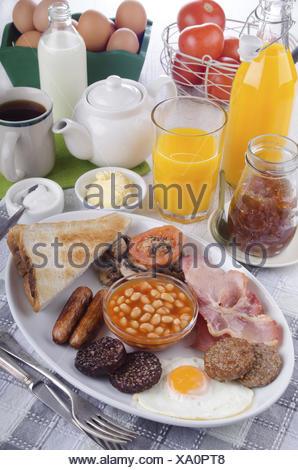 all day irish breakfast on a plate - Stock Photo