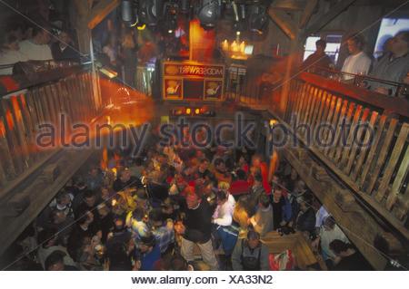 Austria, mountain Arl, St. Anton, ski hut, guests, Europe, Mooserwirt, bar, Apres ski, Apres ski, visitor, skier, celebrate, celebration, party, fun, amusement, cheerfulness, dance, dance, melted, winter vacation - Stock Photo