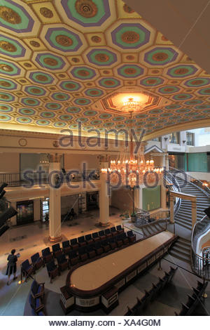 Canada, Quebec, Montreal, Les Cours Mont-Royal, shopping mall, - Stock Photo