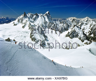 Descent from Mt. Aiguille du Midi to Vallee Blanche, Grandes Jorasses, Mont Blanc massif, Savoy Alps, France, Europe - Stock Photo