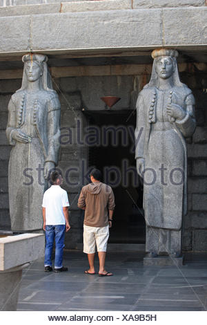 Montenegro,  Lovcen National Park, Statues (communist style) at the entrance of the mausoleum of Petar II in the house of Petrovic Njegos, - Stock Photo