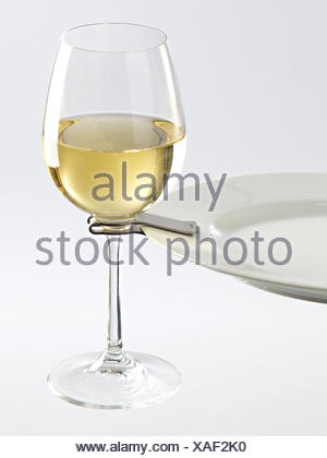 Extraordinary Party Plate Clips Wine Glasses Pictures - Best Image ...