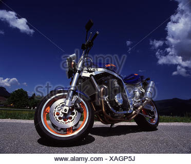 Motorcycle, Suzuki, GSX R 1100, superbike RW mood, outside, 2 force, motorcycle, automobile, motorcycle type, tuned - Stock Photo