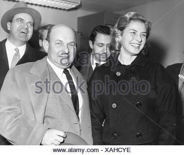 Bergman, Ingrid, 29.8.1915 - 29.8.1982, Swedish actress, half length, 1950s, Additional-Rights-Clearances-NA - Stock Photo