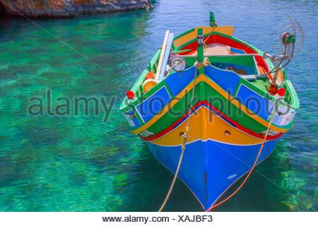 Fischerboot in einer Lagune Malta - Stock Photo