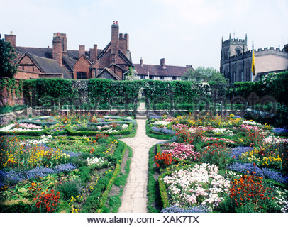 New Place Knot Garden Church Stratford upon Avon Warwickshire ...