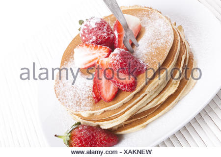 Straberry om Pancakes - Stock Photo