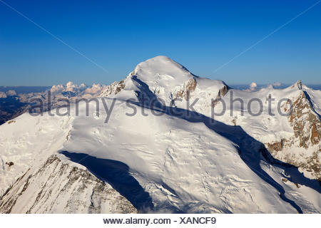 geography / travel, France, Mont-Blanc (4810m) at sunrise, Chamonix, Additional-Rights-Clearance-Info-Not-Available - Stock Photo