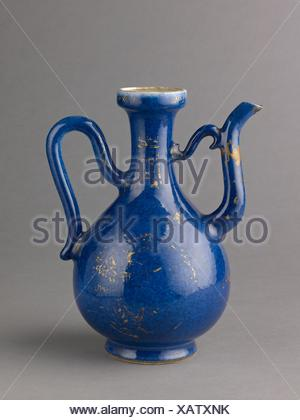 Ewer. Artist: Chinese , Qing Dynasty, Kangxi period; Date: 1662-1722; Culture: Chinese; Medium: Porcelain with powder-blue glaze, painted in - Stock Photo