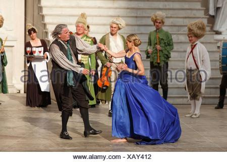 Jedermann, Everyman, 2009, played by Peter Simonischek with Sophie von Kessel as Buhlschaft, Paramour, play by Hugo von Hofmann - Stock Photo