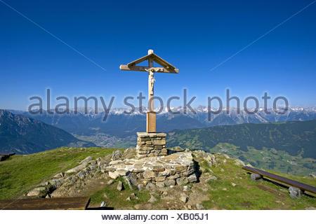 Bildausschnitt, Christus, Detail, Details, Gipfel, Gipfelkreuz, Gipfelkreuze, Glaube, Holz, Jesus, Kreuz, Kreuze, Kruzifix, Naha - Stock Photo