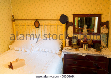 Ireland, County Clare, Golden Vale Farmhouse in Bunratty Castle and Folk Park, - Stock Photo