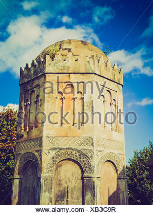 Vintage look The Glasgow necropolis, Victorian gothic garden cemetery in Scotland - Stock Photo
