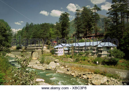 Hotel Beas situated beside the Beas river - Stock Photo