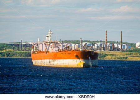 Oil Tanker At Sea Stock Photo 74079928 Alamy