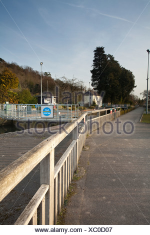 Marsh Lock on the River Thames near Henley in Oxfordshire, Uk - Stock Photo
