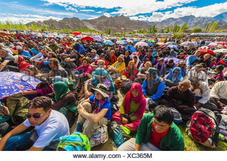 His Holiness the 14th Dalai Lama gives teaching to crowd 175,000 people at Choglamsar Ladakh Jammu and Kashmir State India. - Stock Photo