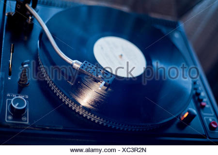 look, glancing, see, view, looking, peeking, looking at, vinyl, player, placed, - Stock Photo