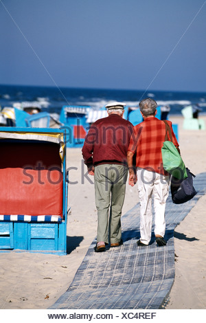 Couple, beach chairs, Heringsdorf, Usedom, Baltic Sea, Mecklenburg-Vorpommern, Germany - Stock Photo