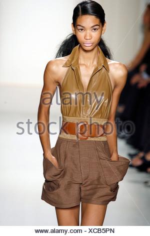 efbb05f9df7 ... Donna Karan New York Ready to Wear Spring Summer Brown Tones  American  model Chanel Iman