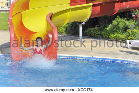 Girl playing in public pool meneffe valley riverside county stock photo 22048900 alamy for Public swimming pools in riverside ca