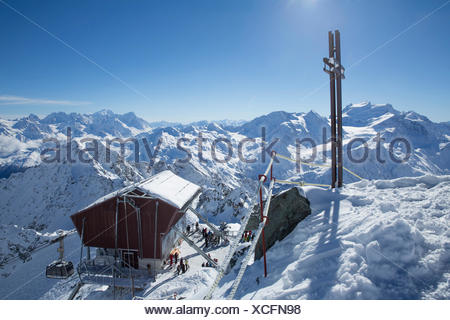 Mont fort, ropeway, cable railway, Mont fort, Verbier, view, Grand Combin, Montblanc, winter, canton, VS, Valais, mountain, moun - Stock Photo