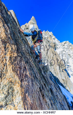 Mountaineers during the ascent of the southern summit of Aiguille du Tour, Mont Blanc massif, Alps, Canton of Valais - Stock Photo